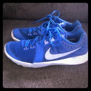 Nike men's size 11 dual fusion cross trainers